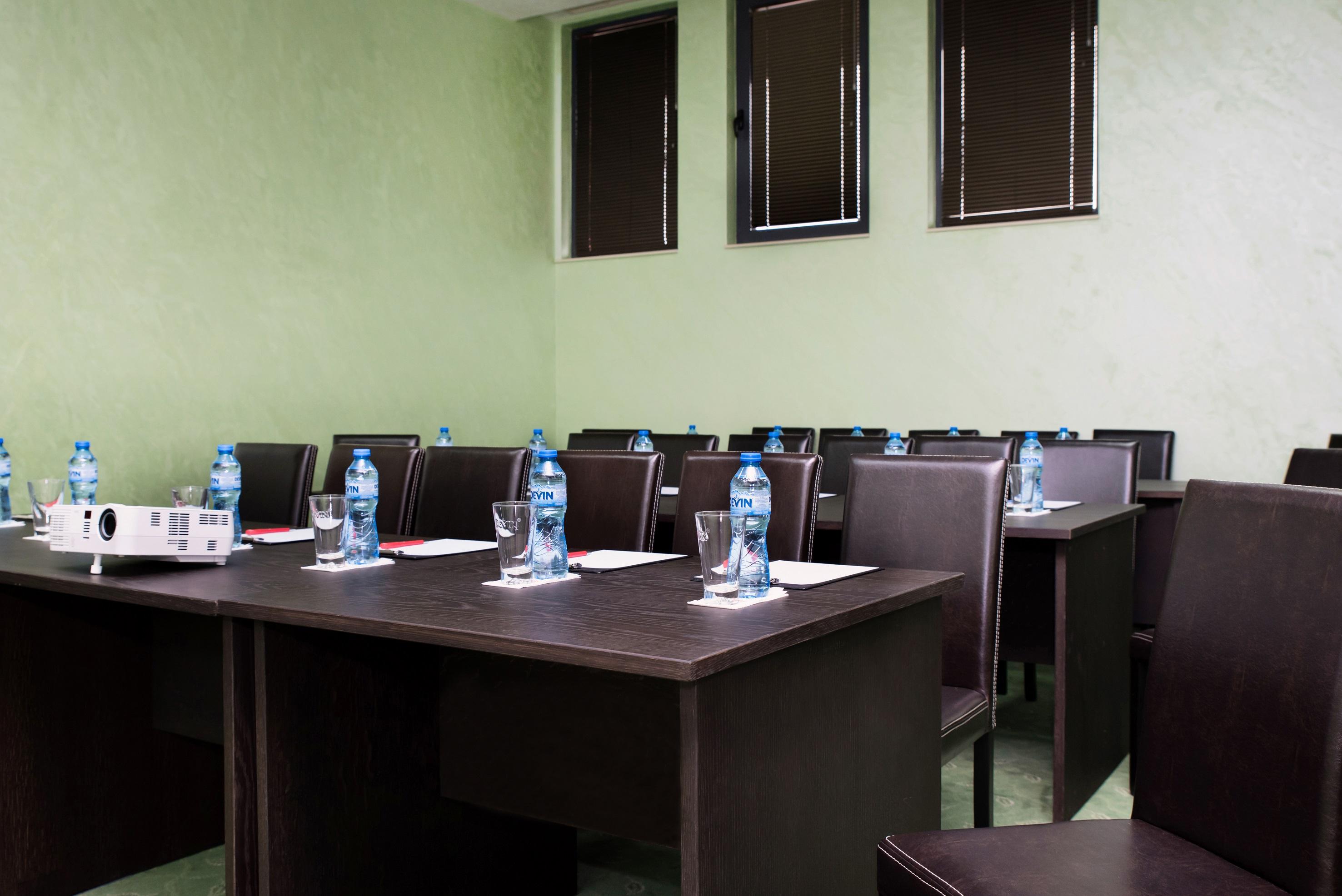 Конферентна Зала 2